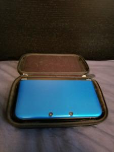Nintendo 3DS XL with Games and Case