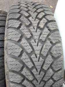 4 winter tires GOODYEAR 205/55r16 (More than 90%