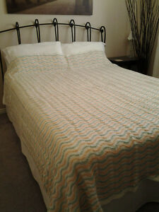 HAND KNIT  QUEEN SIZE BED SPREAD