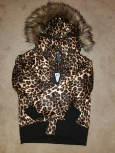Guess jacket brand new size S/M still with price tag