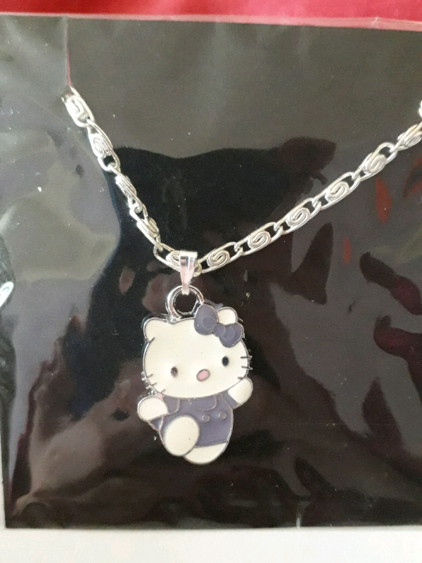 1094a50300 Hello kitty necklace 5