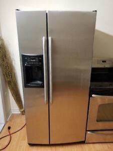 "Ge stainless steel fridge freezer ice water dispenser 33""w31""d69"
