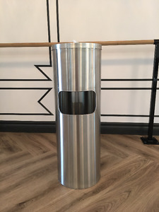 Sanatizing wipe and bin (2 in 1) for retail space