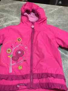 Lined rain jacket and Gap sweatshirt - 3T