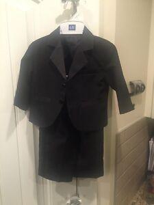 Size 6 months five piece tuxedo suit