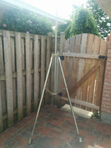 5' Tripod and Mast for TV Antenna
