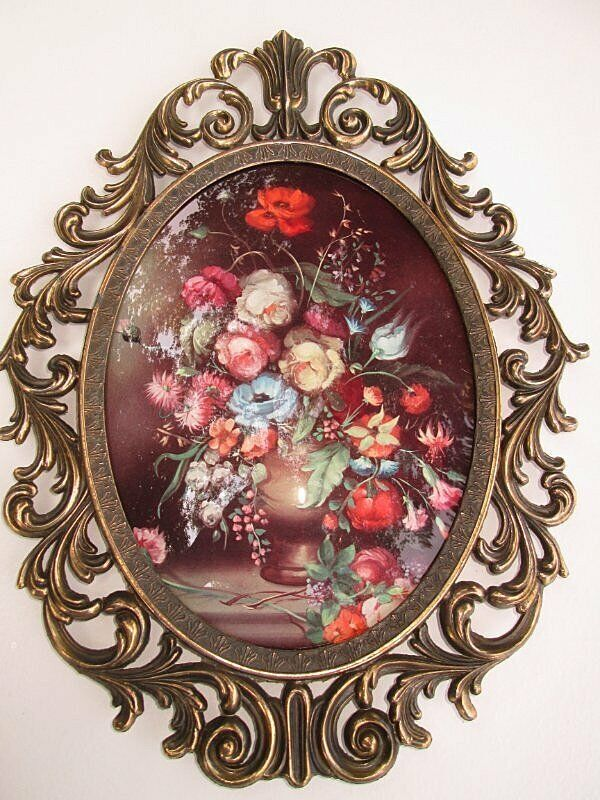 Vintage Ornate Metal Convex Oval Glass Picture Frame  13 x 10 Floral