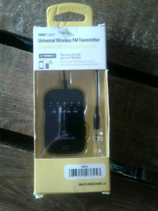 Universal Wireless FM transmitter & audio cable adapter kit.