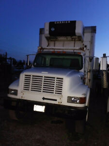 2001 International Harvester 466e with  24 ft Reefer