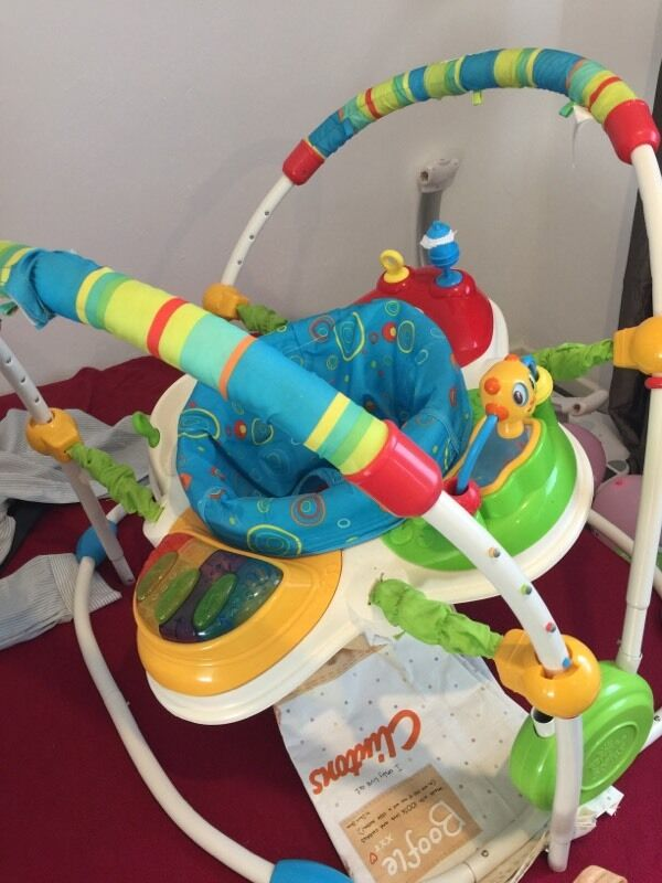 Baby jumperoo in wembley london gumtree for Door jumperoo