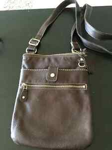 Roots Leather cross body bag