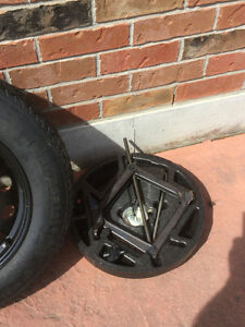 Emergency Tubeless Spare Tire and Rim