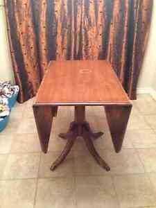 4 wooden press back chairs  and a claw table Peterborough Peterborough Area image 8