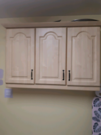 Kitchen base unit to match /see attached photo.