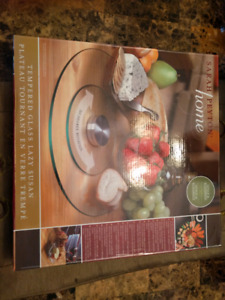 "BNIB Sarah Peyton Home 12"" tempered glass Lazy Susan"