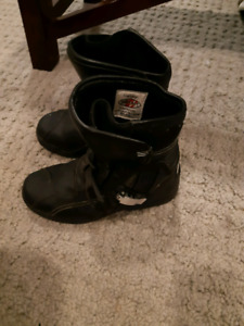 Womens size 8 motorcycle boots