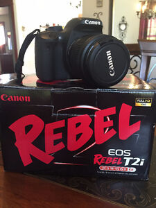 Camera Canon Rebel EOS T2i