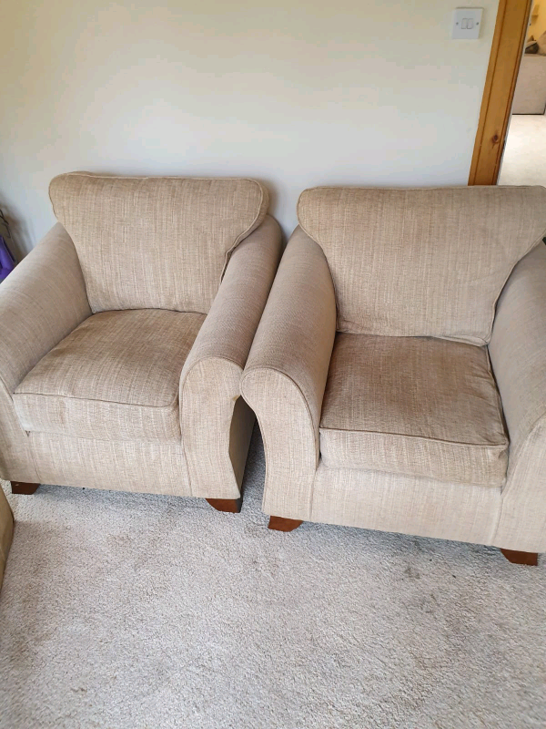 Amazing Cream Sofa And Chairs In St Andrews Fife Gumtree Pabps2019 Chair Design Images Pabps2019Com