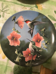 """Kevin Daniel Collectible Plate """"The Hummingbird"""""""