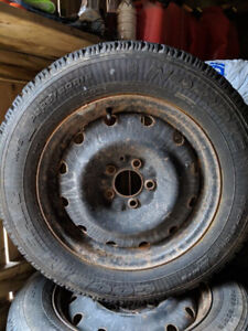 P225/60R16  Goodyear Winters with steel wheels