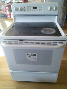 GE glass top stove/range energy star great condition