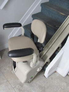 BRUNO CHAIR LIFT ( BARELY USED )