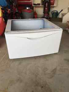 White laundry pedestal with drawer