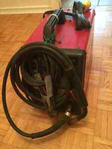 Selling lincoln electric 100 weld pack West Island Greater Montréal image 2
