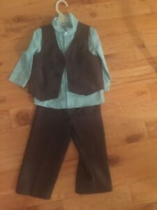 Boys suits and dress shoes  18-24 months one 3t  St. John's Newfoundland image 2