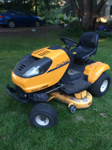 CUB CADET I1046 zero turn mower