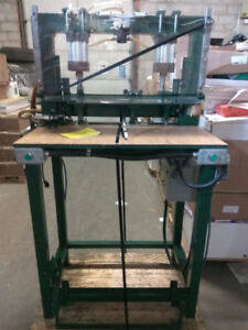 Used Metal Corner Bender Machine in Good and working condition