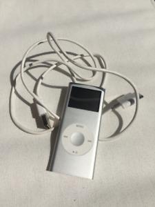 Silver iPod Nano 2nd Generation 4GB