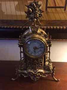 Horloge entierement en laiton