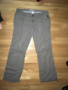 Womens cargo style pants