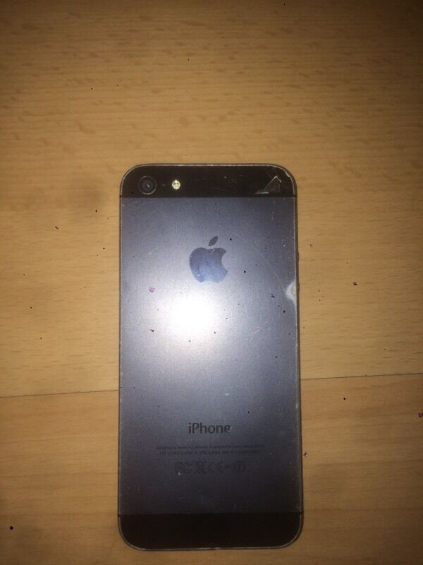 iPhone 5 on ee70 or swaps for what u gotin Cardiff City Centre, CardiffGumtree - Iphone 5 for sale on ee, nothing wrong with the phone front is in good condition with no cracks, looking for £70 only thing wrong with the phone is it has a crack just on the side of the back camera as seen in the picture hence the price but this...