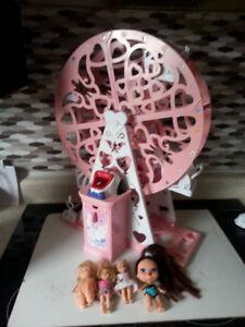 Ferris Wheel with Little Dolls