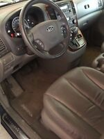 Kia Sedona EX Luxury leather fully loaded