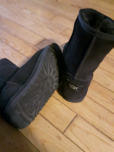 UGGS (fake) Size 5 boots