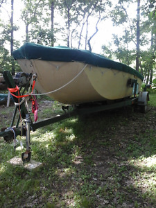 21 FT Pleasure or Fishing boat with Jet Drive