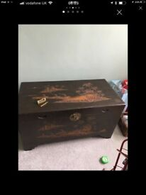 Camphore wood oriental trunk chest