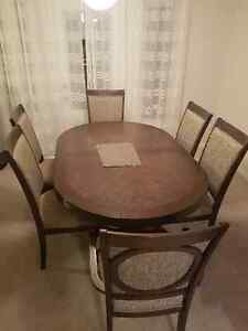 Beaumont 7PC Dinning Table and Chairs