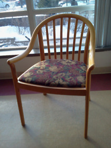 Gently used Maple-Wood ascent Arm Chair