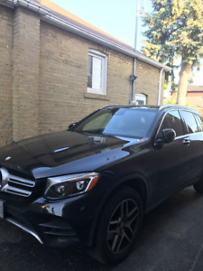 2017 Mercedes GLC300-( Lease takeover)1000$ cash as an incentive