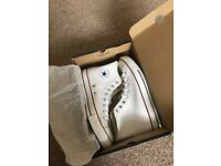 Brand new LEATHER CONVERSE HI TOPS SIZE 9