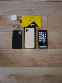 Iphone 11 Pro Max Bundle Unlocked 64GB Gold I Phone Eleven
