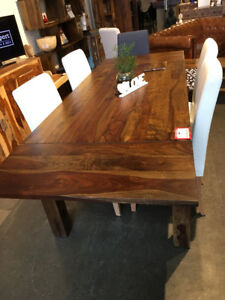 Magnifique Table de cuisine en bois de rose
