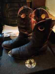 Squaretoed Dark brown bull hide Boulet Cowboy boots $120 Kingston Kingston Area image 4