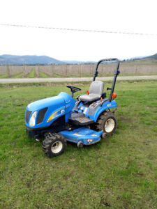New Holland T1030 Diesel 4x4- Low Hours