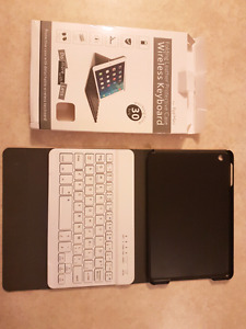 Pink Ipad mini leather case with wireless keyboard