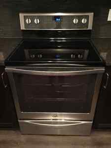 Brand New, Never Used - Whirlpool Glasstop Stove